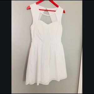 White summer dress by City Triangles